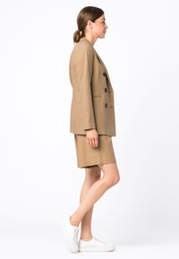 HALLHUBER - Short coat - camel - 2