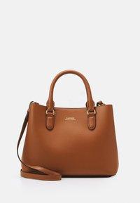 SUPER SMOOTH MARCY - Handbag - tan/monarch orange