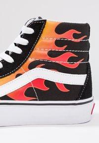 Vans - SK8-HI REISSUE - Zapatillas altas - black/true white - 5
