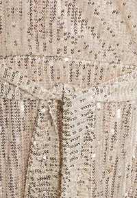 Glamorous Curve - VNECK WRAP DRESS - Cocktail dress / Party dress - nude/silver - 2