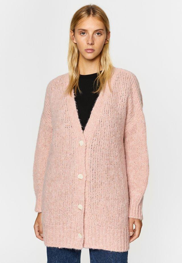 Vest - pale pink