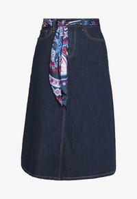 Pencil skirt - blue rinse