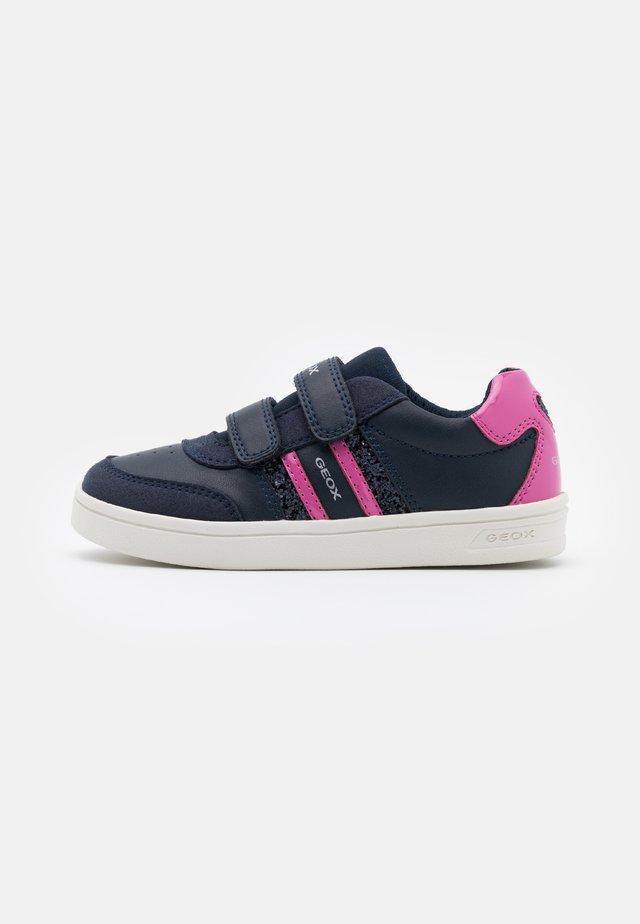 DJROCK GIRL - Sneakers basse - navy/fuchsia