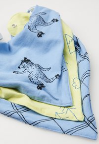 Cotton On - KERCHIEF 3 PACK - Bib - summer wilderness/skating bear/sketchy grid - 4