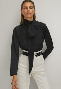 Massimo Dutti - WITH TIE DETAIL  - Blouse - black - 0