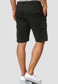 INDICODE JEANS - KINNAIRD - Shorts - black - 2