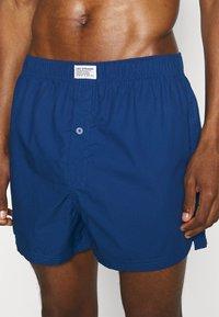 Levi's® - MEN CHECK 2 PACK - Boxer shorts - blue - 3