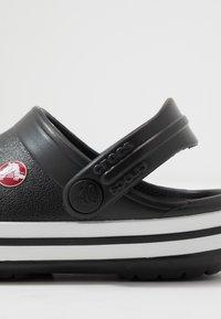Crocs - CROCBAND - Sandały kąpielowe - black - 2