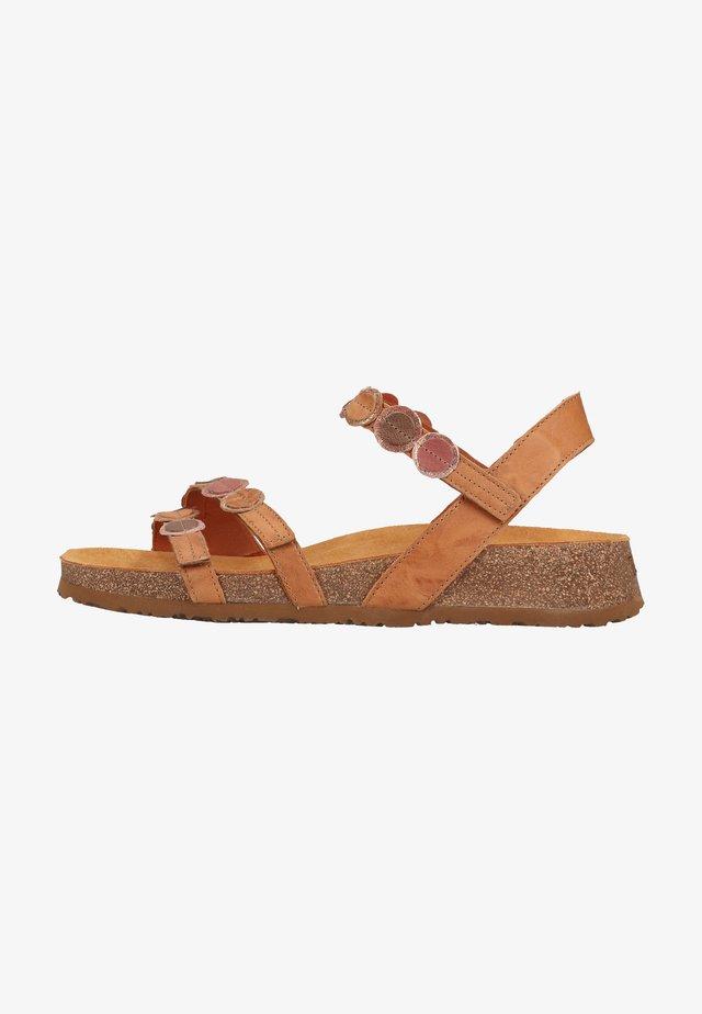 Sandalen met sleehak - tan/kombi