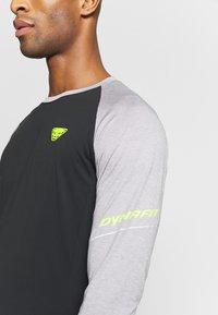 Dynafit - ALPINE PRO TEE - Koszulka sportowa - alloy melange - 3