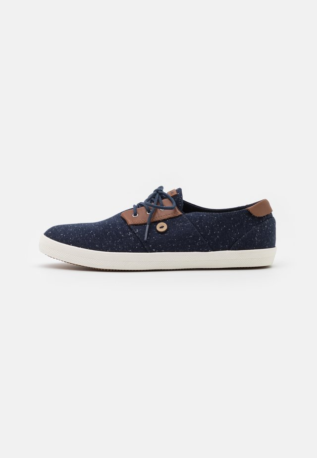 CYPRESSME BASKETS - Matalavartiset tennarit - navy