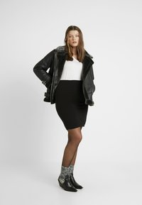 Kaffe Curve - KCPIA SKIRT - Mini skirt - black deep - 1