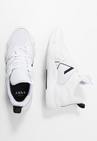 ARKK Copenhagen - ASYMETRIX F-PRO90 - Baskets basses - white/black - 1