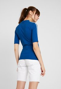 adidas Originals - T-shirt print - tech mineral - 2