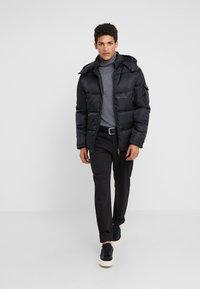Bruuns Bazaar - WILL PANT - Pantaloni - black - 1