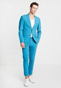 Lindbergh - PLAIN MENS SUIT - Oblek - turquoise melange - 0