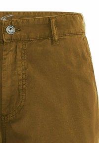 camel active - REGULAR FIT - Shorts - cinnamon - 6