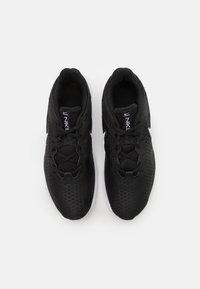 Nike Performance - LEGEND ESSENTIAL 2 - Zapatillas de entrenamiento - black/white/anthracite - 3