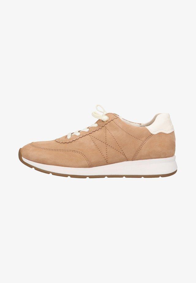 Sneakers laag - hellbraun/weiß
