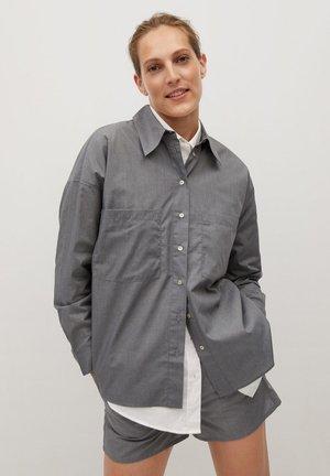 SHIRT - Button-down blouse - lys lynggrå