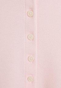 Tommy Hilfiger - SHORT SLEEVE SLIM - Poloskjorter - pale pink - 2