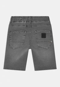 Vingino - CECARIO - Denim shorts - dark grey vintage - 1
