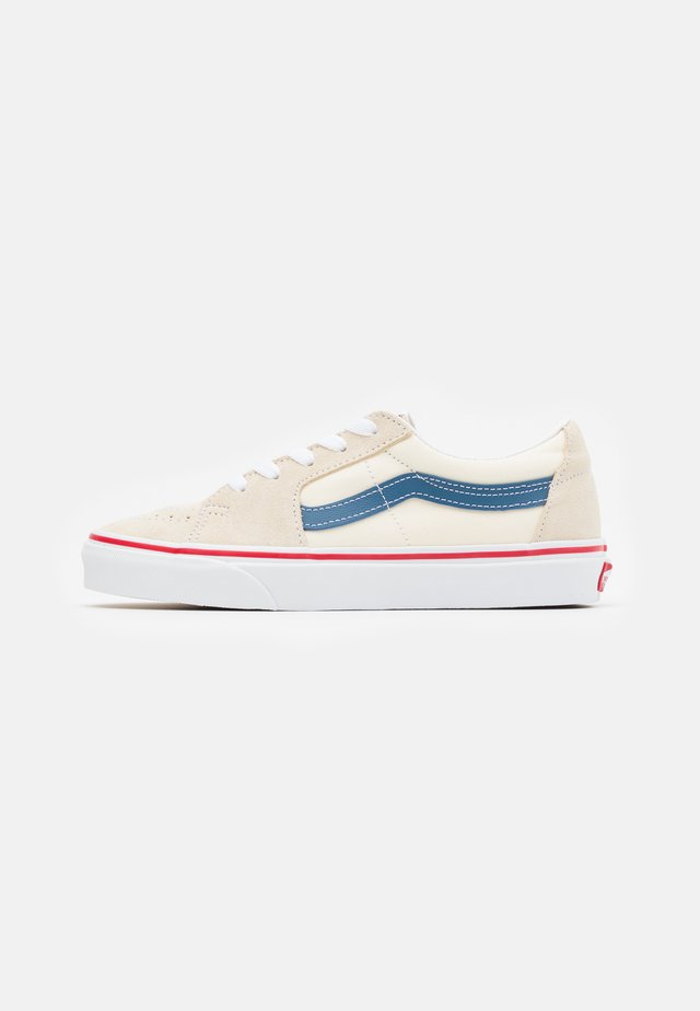 SK8 - Trainers - classic white/navy