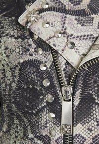 John Richmond - JACKET OBOISE - Kožená bunda - light grey/grey - 4