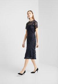 Lauren Ralph Lauren - KAMI DRESS - Robe d'été - lighthouse navy - 1