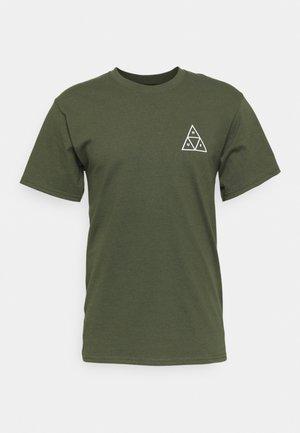 ESSENTIALS TEE - Print T-shirt - olive