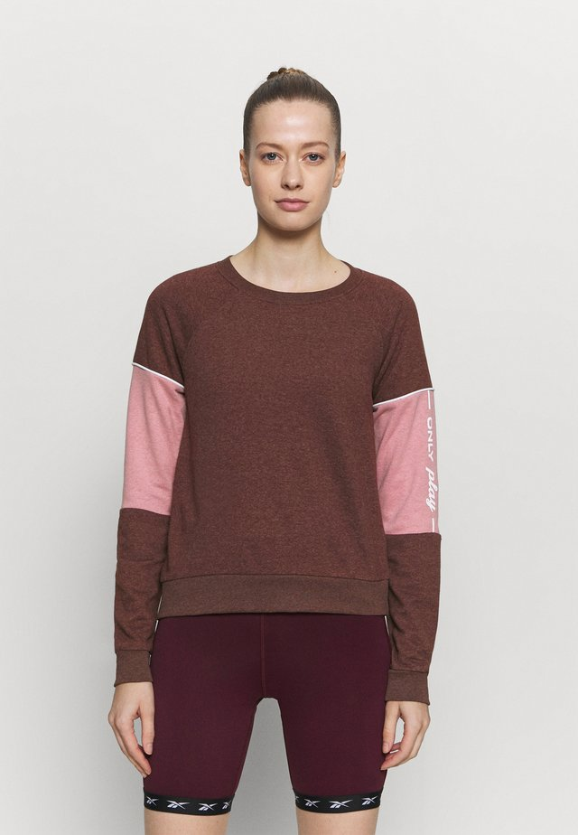 ONPOLAY  - Sweater - fudge melange/mesa rose/white