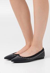 PARFOIS - Ballet pumps - black - 0