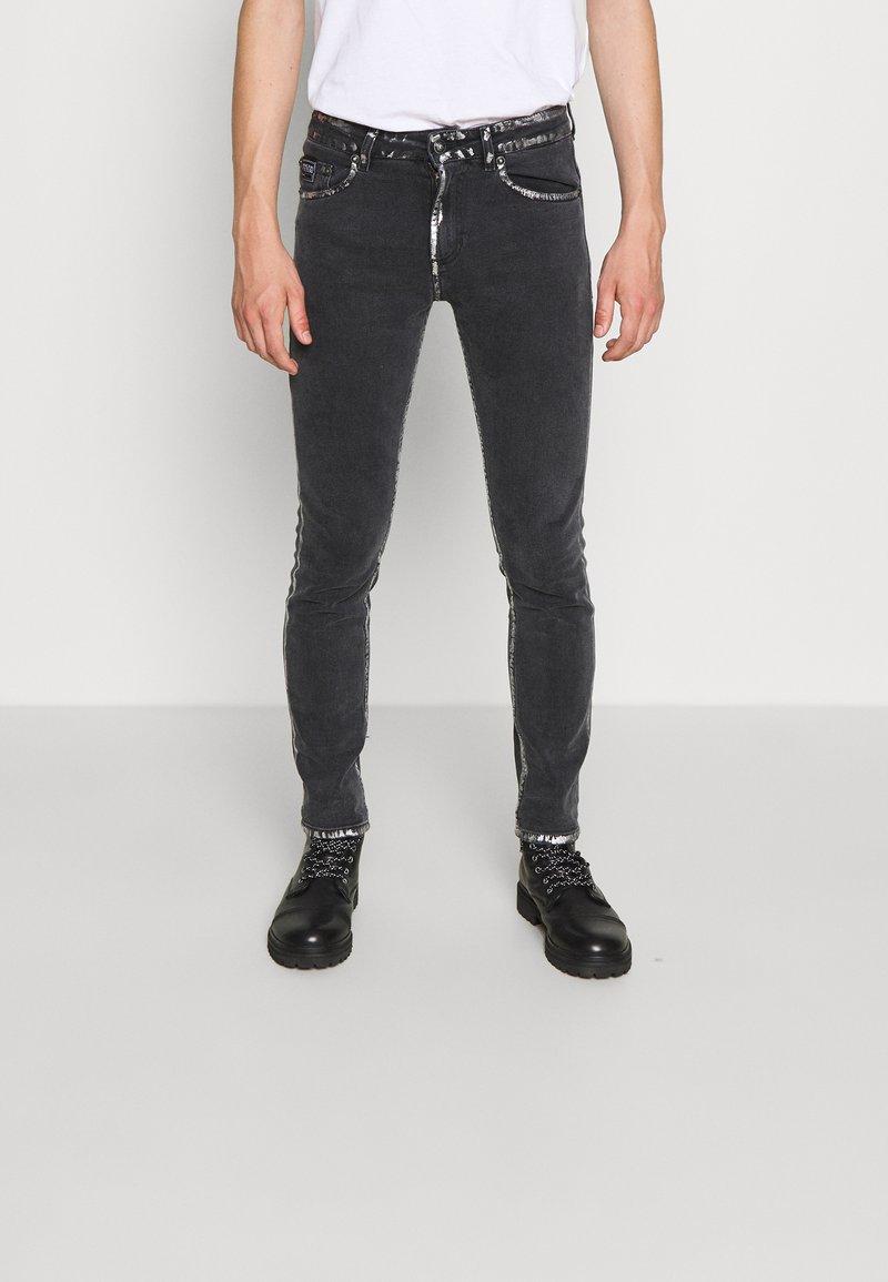 Versace Jeans Couture - COMFORT - Slim fit -farkut - black