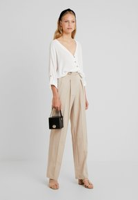 YAS Tall - YASWELLO WIDE PANT VIP - Trousers - oxford tan - 1