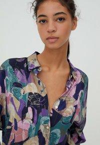 PULL&BEAR - Button-down blouse - purple - 3