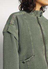 Free People - FLORENCE  - Summer jacket - olive smoke - 4