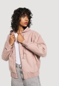 BDG Urban Outfitters - SKATE HOOD JACKET - Light jacket - pink - 3