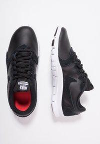 Nike Performance - FLEX ESSENTIAL TR - Treningssko - black/white/light crimson - 1