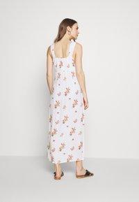Dorothy Perkins Maternity - CAMI FLORAL CRINKLE DRESS - Maxi dress - ivory - 2