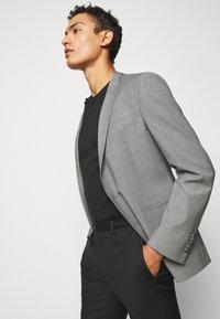 DRYKORN - IRVING - Suit jacket - light grey - 4