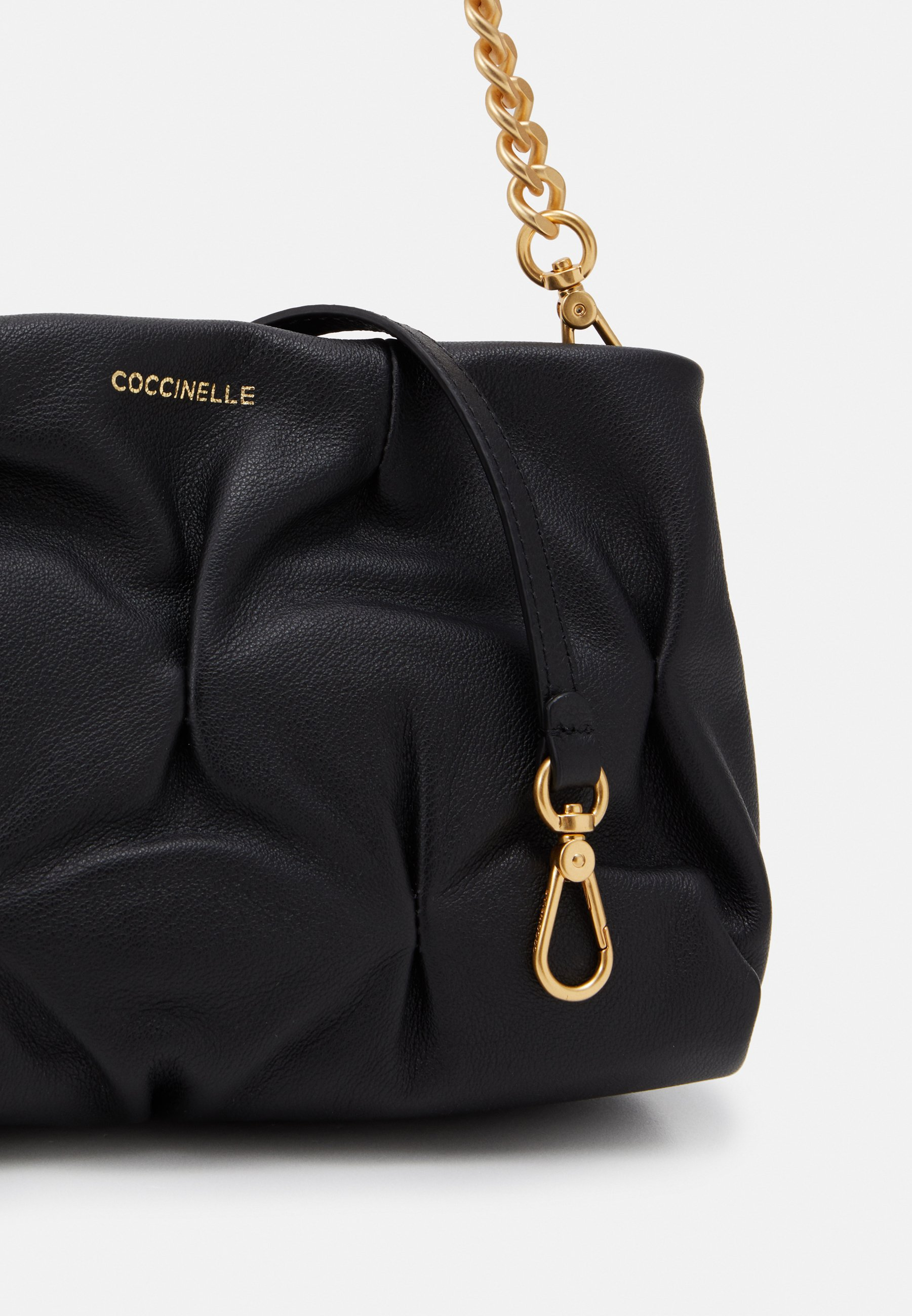 Coccinelle OPHELIE GOODIE SMALL SOFT - Sac à main - noir