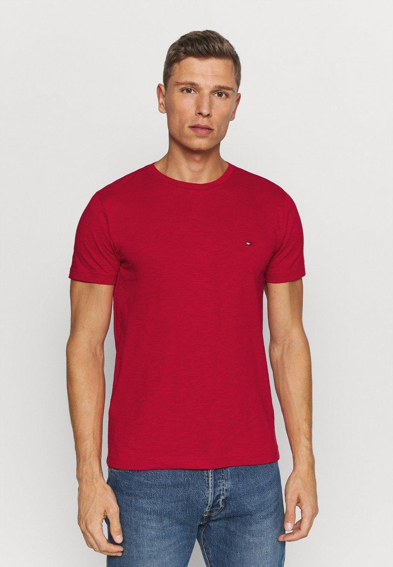 Tommy Hilfiger - SLUB TEE - Camiseta básica - primary red