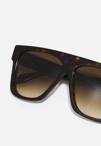 Alexander McQueen - UNISEX - Aurinkolasit - havana/havana/brown - 3