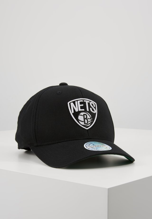 NBA BROOKLYN NETS TEAM LOGO HIGH CROWN PANEL SNAPBACK - Pet - black