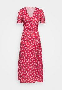 Missguided Tall - HALF BUTTON TEA DRESS - Maxi dress - red - 1