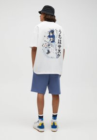 PULL&BEAR - COWBOY BEBOP - T-shirt con stampa - off-white - 3