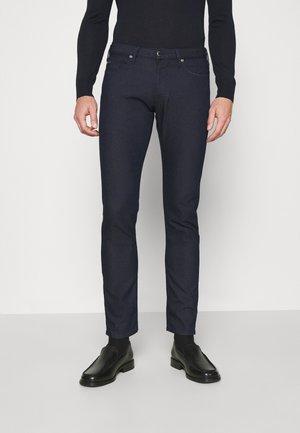 POCKETS PANT - Slim fit jeans - blu