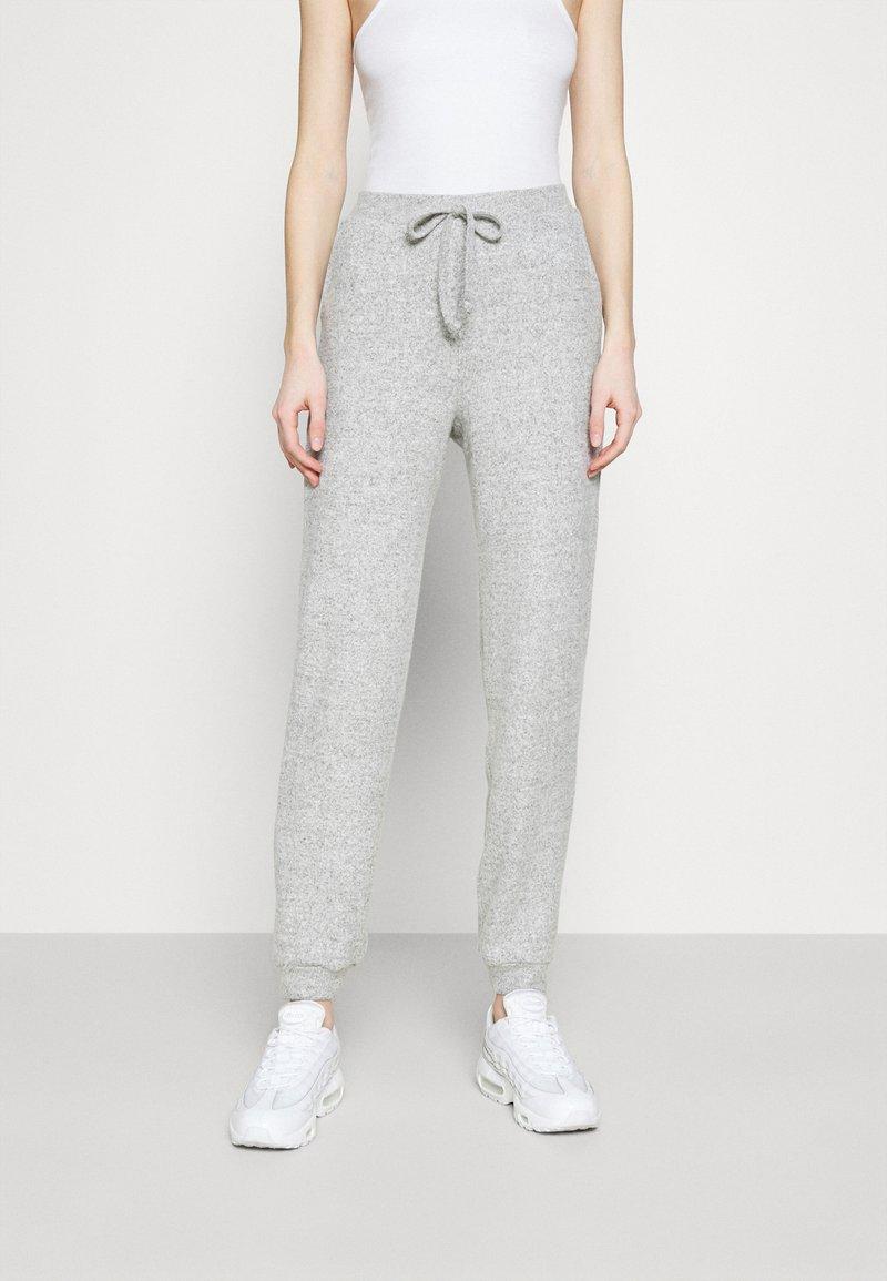 Vero Moda - VMTIA - Bukse - medium grey melange
