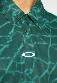 Oakley - BROKEN GLASS - Polo shirt - green - 6
