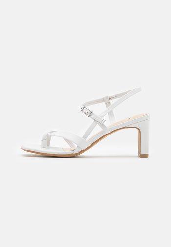LUISA - Sandals - white
